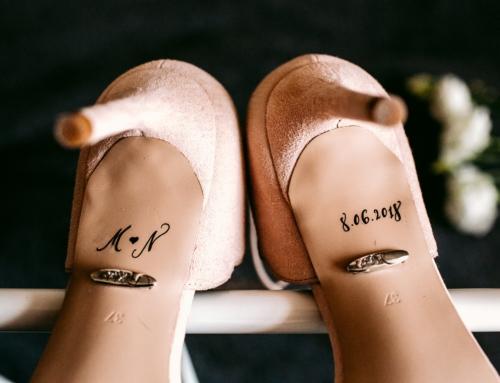 Kaligrafia na butach – Styletter & Ksis – Twoje buty ślubne